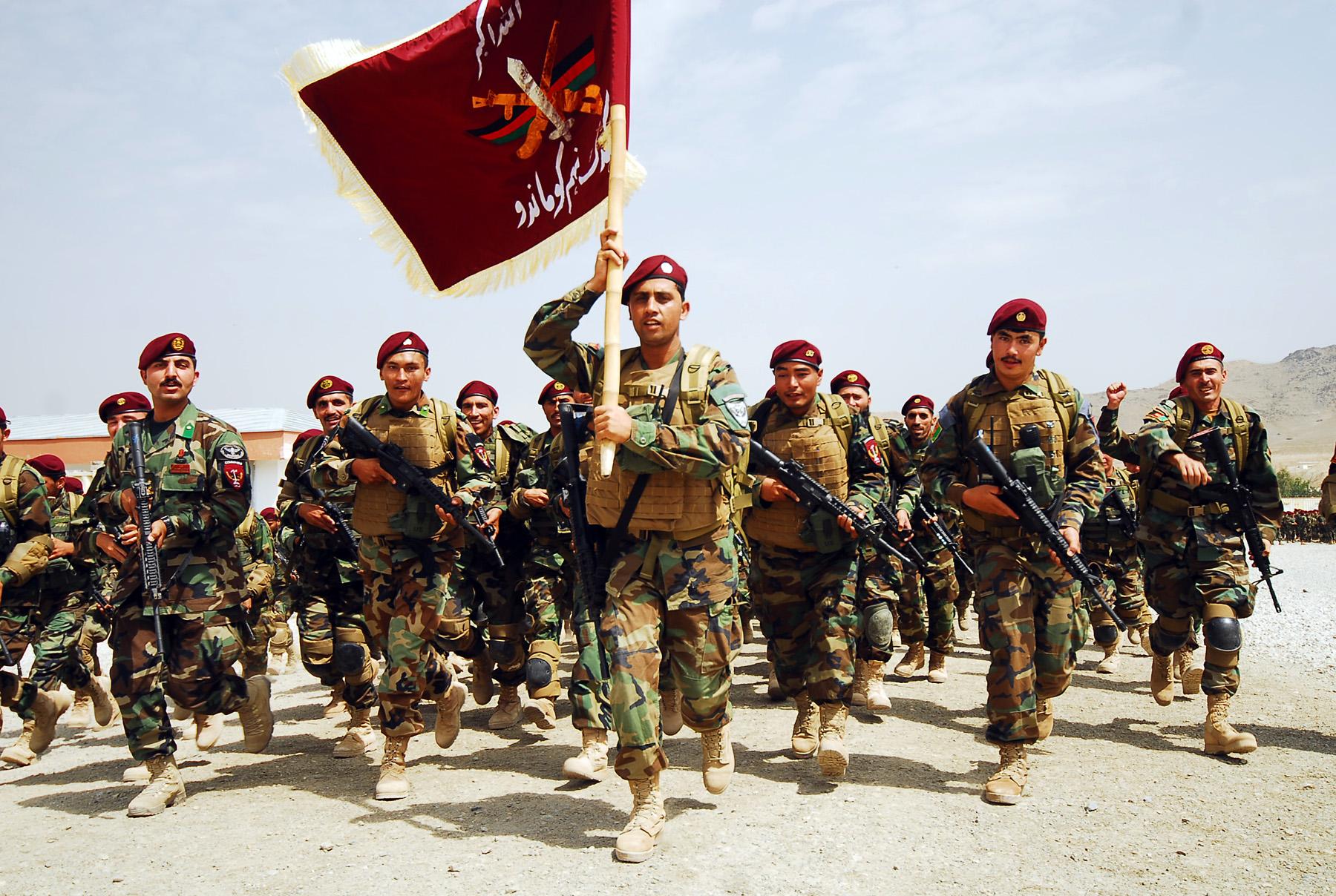 Platoon of newly graduated ANA commados