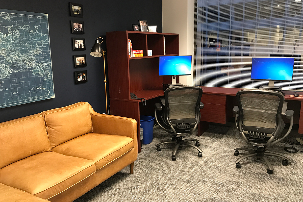 Student work stations in CMC Washington Program office