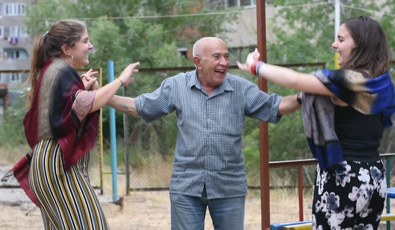 Projects for Peace - Anoush and Ani dancing to Armenian music with Antranik, a Syrian-Armenian
