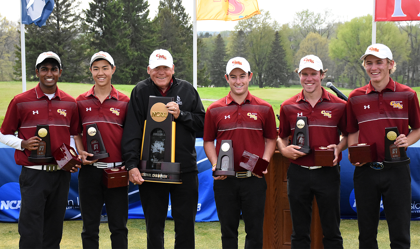 CMS men's golf team with NCAA Division III championship trophy