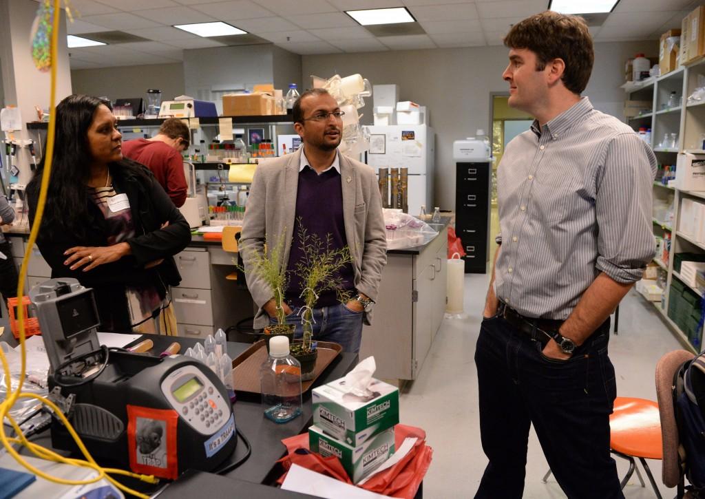 Aref Hosseini visiting Keck