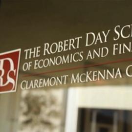 Robert Day logo