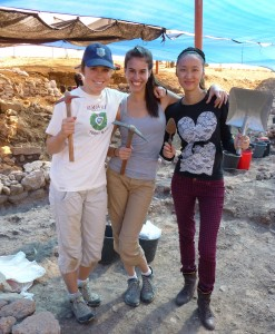 From left, Kelsey Heflin, Kayla Nonn '15, and Qian Zhang (RDS '13) joined CMC's Gary Gilbert, along with faculty and students from other Claremont Colleges, Penn State University, Trinity College, and the University of Massachusetts, Amherst, in the excavation of Tel Akko, located long the Mediterranean coast in northern Israel.