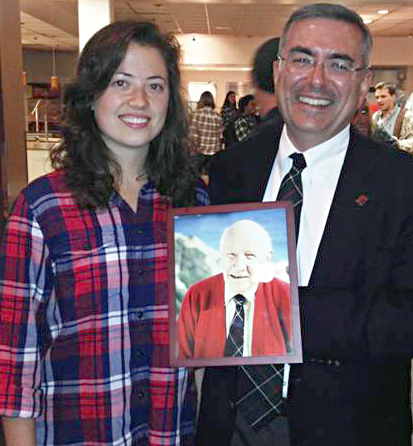 McKenna Day honors founder with tartan and cake | Claremont McKenna