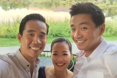 Young Kathlina Lai '93, Luan Lai '98, and Dinh Lai '01