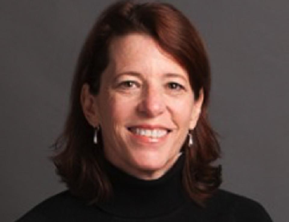Deborah Gonzalez '85