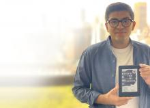 Sahib Bhasin '21 with Kindle