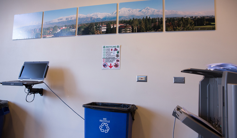 Recycling station in computer lab